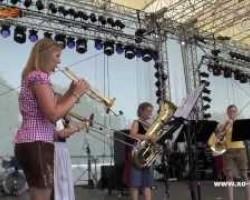 Brassessoires - Alte Kameraden beim Woodstock der Blasmusik 2012