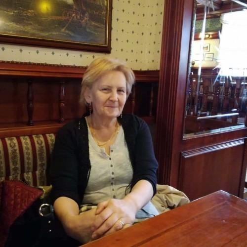 Társkereső adatai: Kezilany, Nő 64
