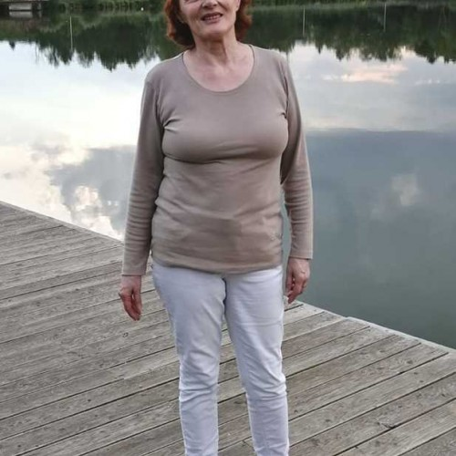 Társkereső adatai: baka.agnes, Nő 61