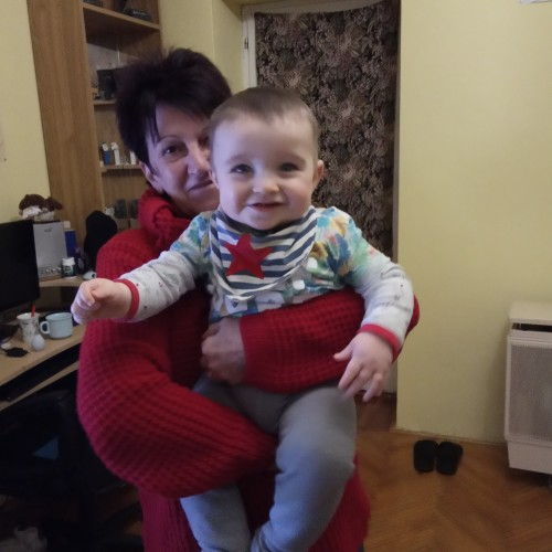 Társkereső adatai: emilia, Nő 69