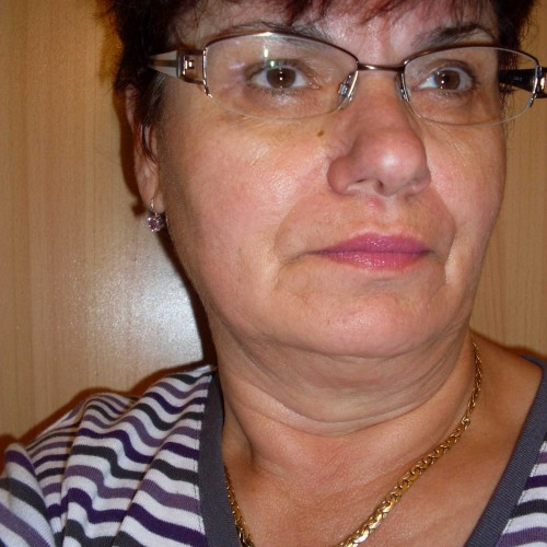 Társkereső adatai: Juci-muci, Nő 71