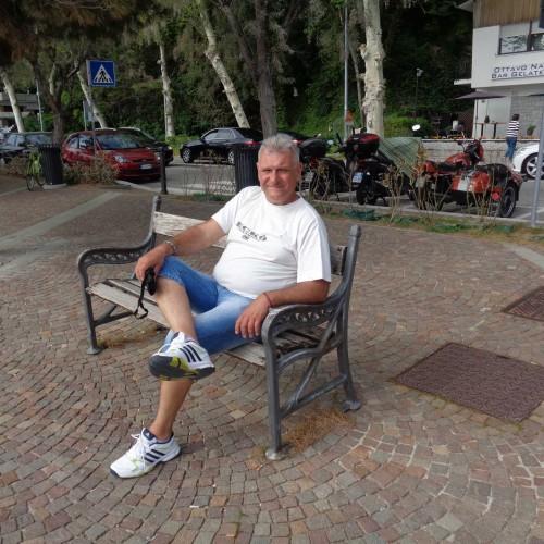Társkereső adatai: Andris67, Férfi 53