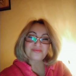 Társkereső adatai: Tündi, Nő 53