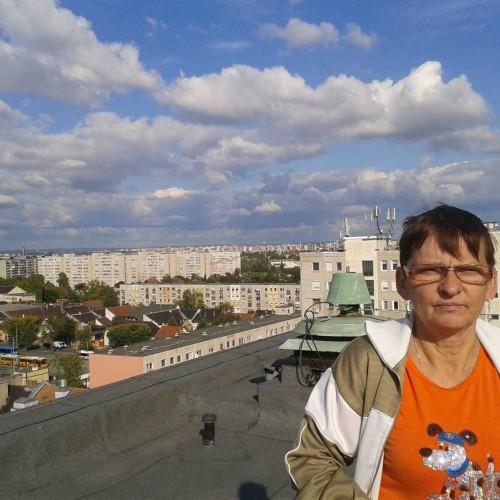 Társkereső adatai: Marcsii, Nő 60